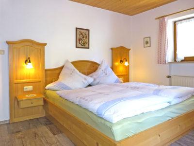 """Haus im Grund - Ferienwohnung """"Grünstein"""""""